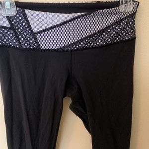 lululemon athletica Pants - Lululemon Wunder Under Leggings